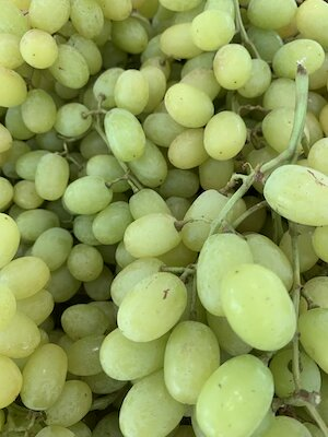 Green Grapes small