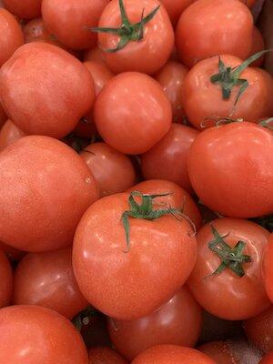 Large Tomato small